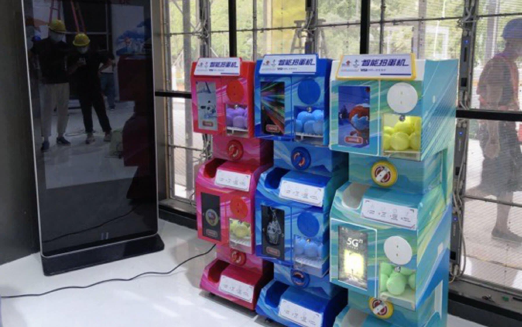 cin-oyuncak-kapma-makinesi